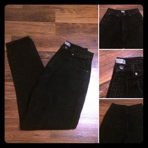 🦋2/$10 3/$15 4/$18 5/$20 Vintage Stefano Jeans